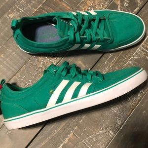 Men's Green Adidas AR-D1